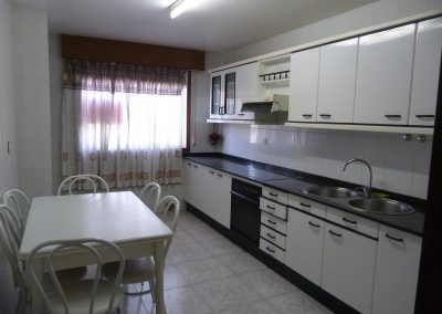 Piso 3 dormitorios y 2 baños amueblado en Betanzos