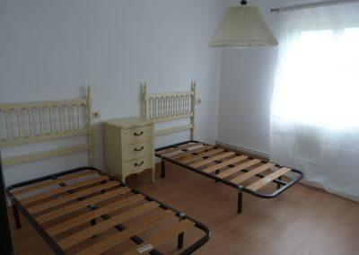 Alquiler planta primera de casa con finca en Cambre