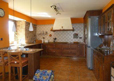 Venta casa de piedra reformada en Pumar, Irixoa