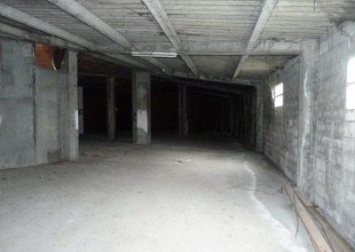 Alquiler local de 416m2 en Betanzos