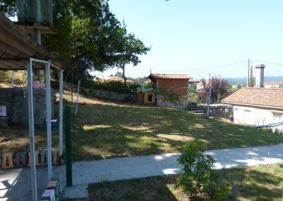 Alquiler planta primera y finca en Fontelo, Coirós