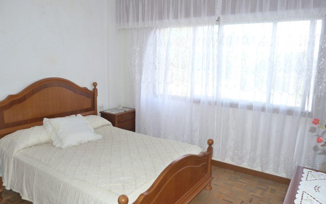 Alquiler o venta piso 3 dormitorios en Betanzos