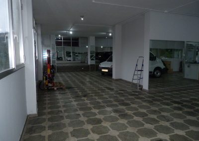 Alquiler local acondicionado de 240m2 en Betanzos