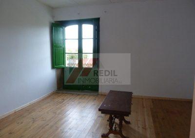 Alquiler planta alta de casa en Coirós