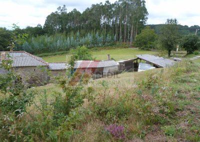 Venta casa de piedra para restaurar en Irixoa